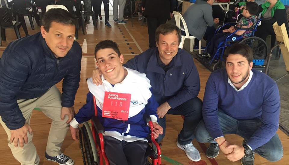 Cascallares felicitó a los deportistas de Brown por su desempeño en los torneos bonaerenses