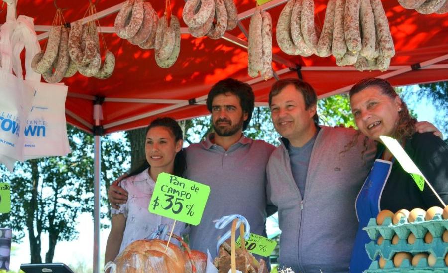 Cascallares invitó a los vecinos a visitar la Granja Educativa Municipal y la Feria de productores rurales
