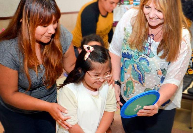 El municipio ya entregó anteojos a más de 4 mil alumnos de Alte. Brown