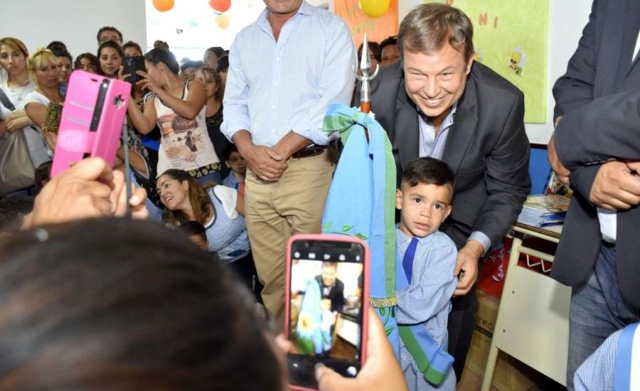 Junto a vecinos, Cascallares inauguró un Jardín de Infantes en San José