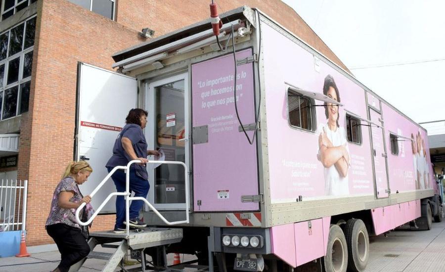 Prevención del cáncer de mama: mamografías gratuitas en Alte. Brown