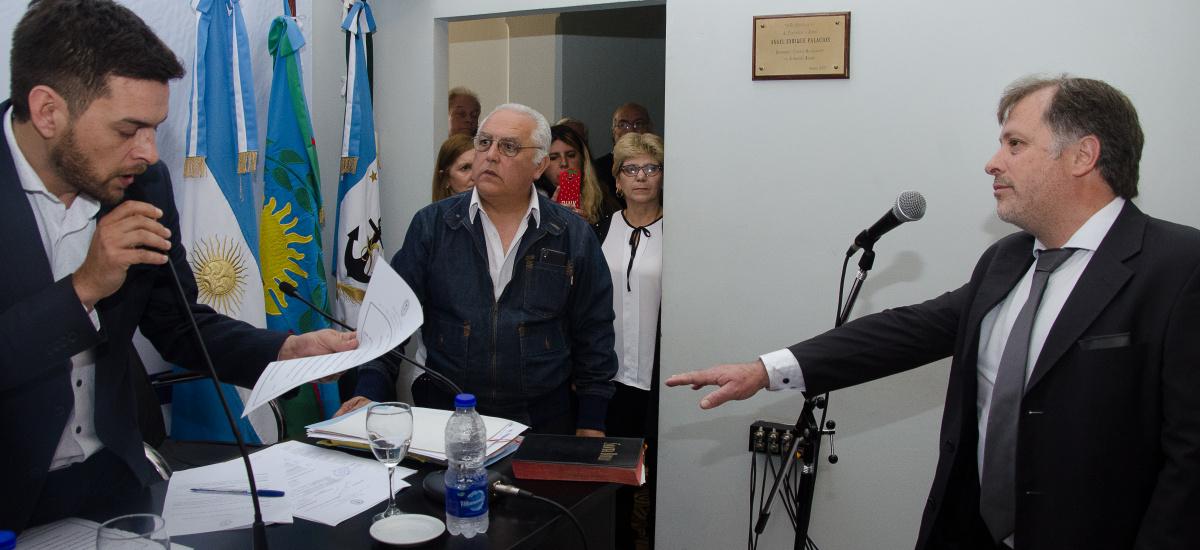 El Concejo despide a Luis Chavez y asume en su lugar Pablo Redigo