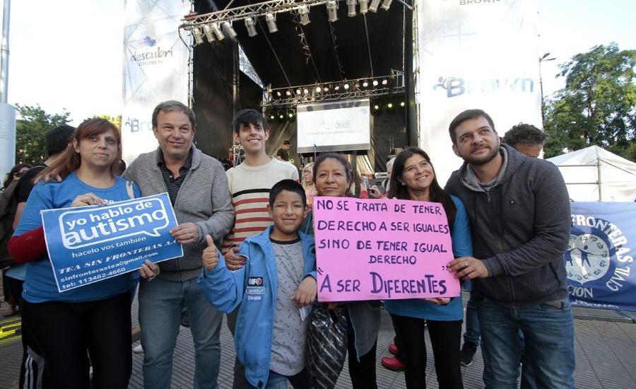Actividades del municipio de Alte Brown en el día mundial de la concientización del autismo