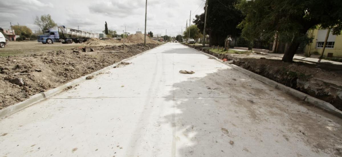 Cascallares destacó las obras hidráulicas, de asfalto y de cloacas en Don Orione