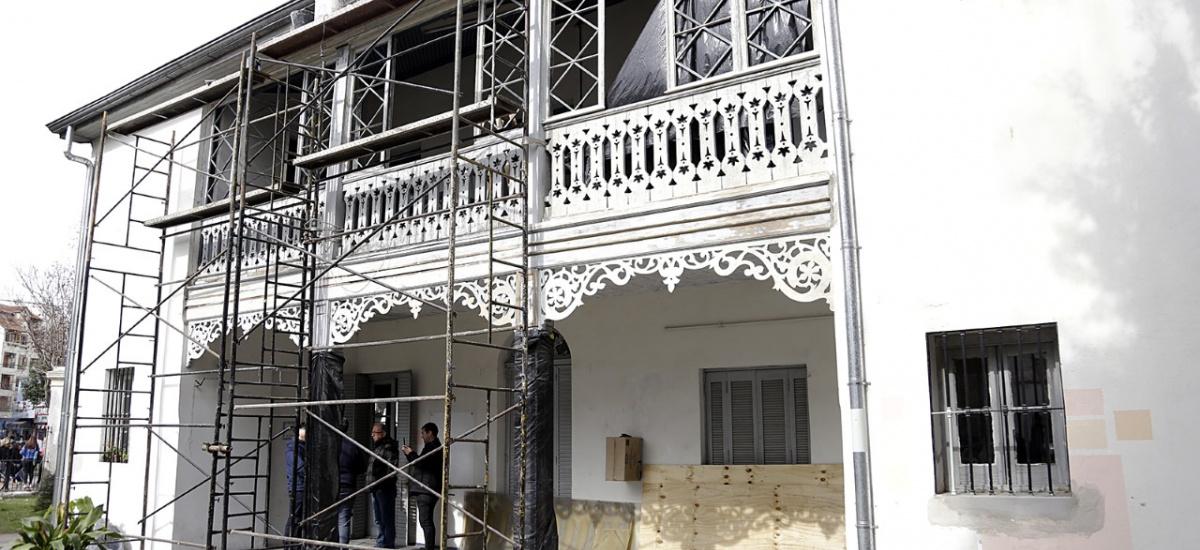 """El municipio de Alte Brown restaura y pone en valor el edificio de """"La Cucaracha"""""""