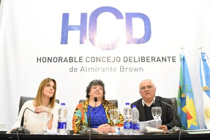 NORMA WARRELL ASUME LA PRESIDENCIA DEL CONCEJO