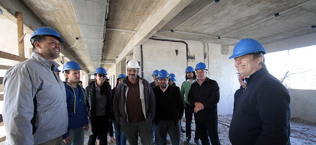 Cascallares recorrió con gremios docentes la obra municipal del Instituto de Formación Docente  Nº41