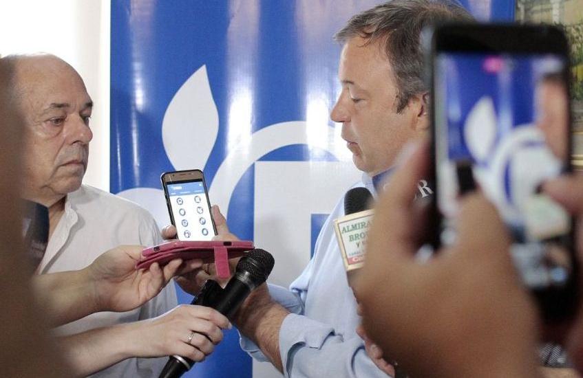 """Cascallares: """"Más de 10 mil vecinos ya utilizan la nueva app  con horarios y recorridos de trenes y colectivos"""""""