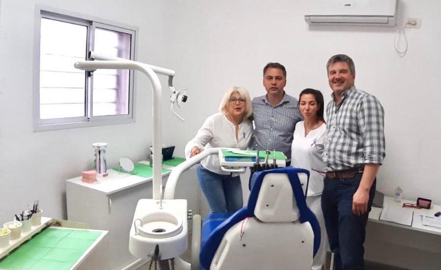 Cascallares destacó el nuevo servicio odontológico en centro de salud de Claypole