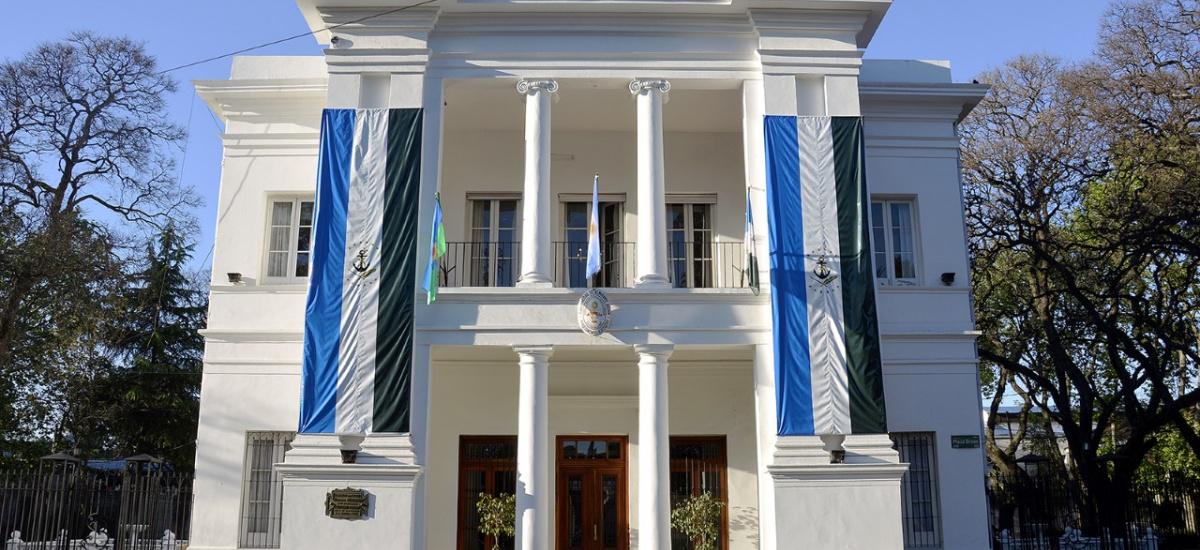 El municipio instó a que se revierta la prisión domiciliaria del violador Olmos