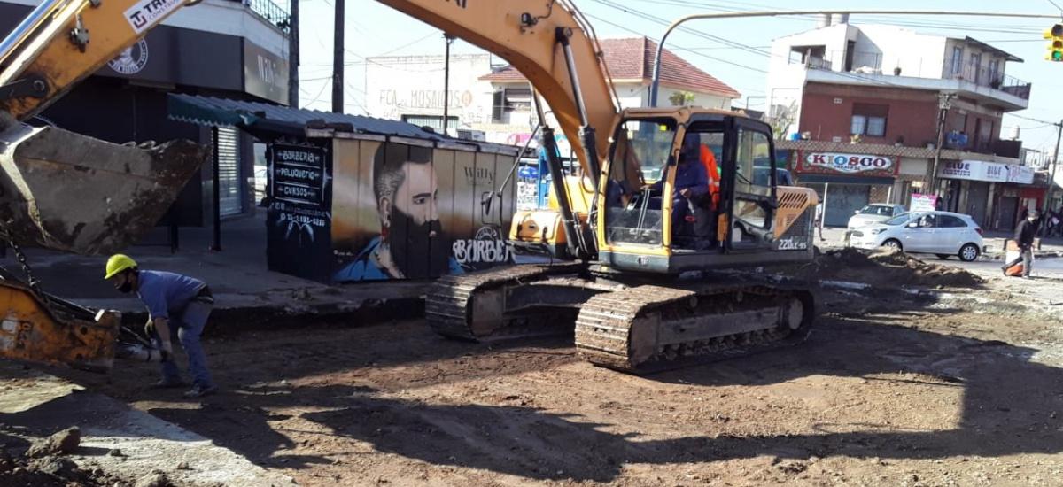 El municipio avanza con varios frentes de obras viales en el distrito