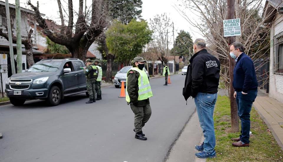 Berni y Cascallares recorrieron controles de gendarmería en Alte Brown