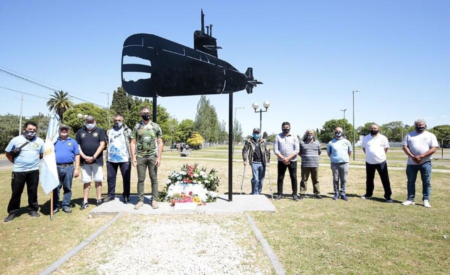 Emotivo homenaje a los héroes del Ara San Juan en Rafael Calzada
