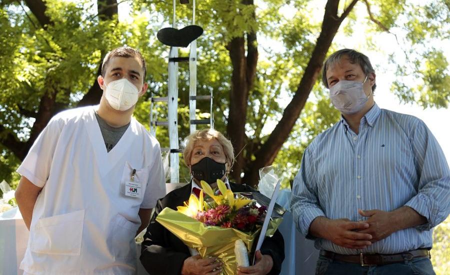 Emotivo homenaje del Municipio a las enfermeras y enfermeros de Alte Brown