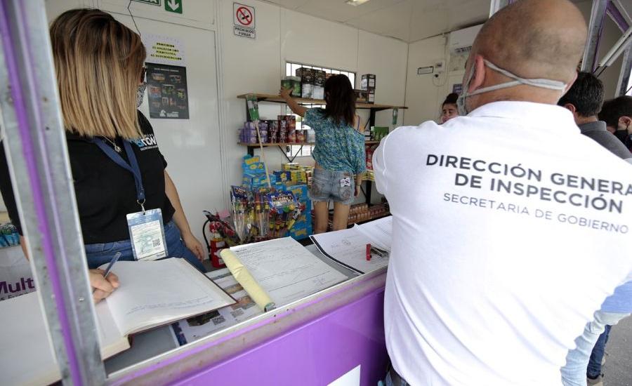 El municipio informó que está prohibida la pirotecnia sonora y ya realiza controles