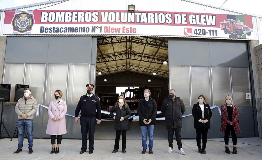 Cascallares y Frederic inauguraron destacamento de los bomberos voluntarios en Glew