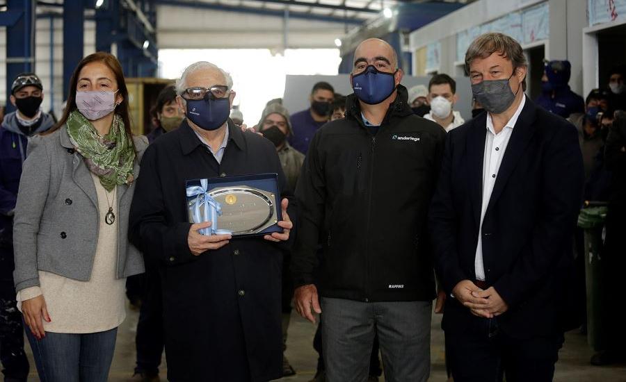 En el Día de la Industria, Cascallares recorrió dos empresas del parque industrial