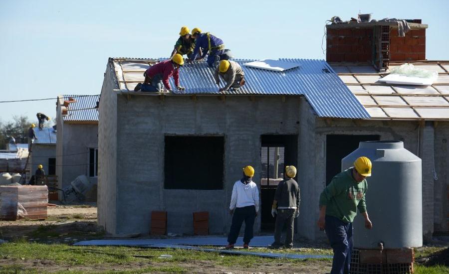 """Avanza en Brown la obra de construcción de 573 viviendas en """"Barrio Lindo"""""""