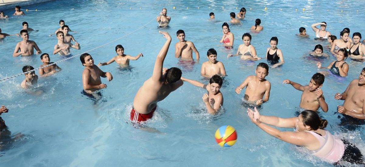 Más de 10 mil chicos participarán de la colonia municipal de verano en Brown