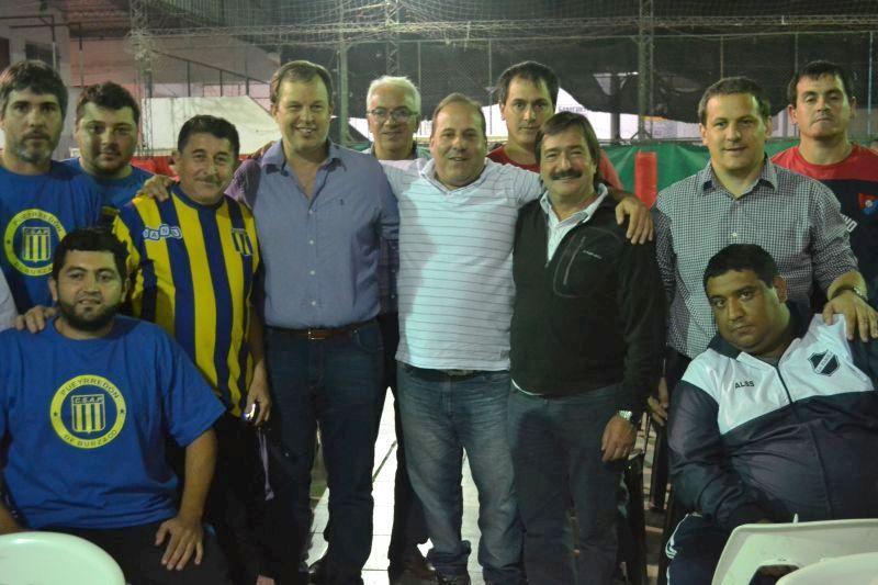 Cascallares encabezó el sorteo del fixture 2016 de la asociación deportiva infantil de Almirante Brown