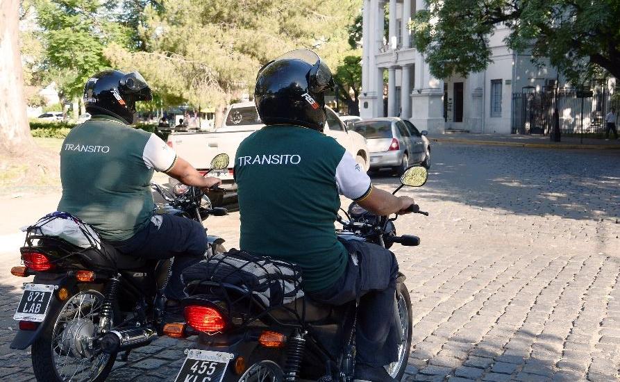 Cambios en sentido de circulación y estacionamiento en calles de Adrogué, Mármol, Burzaco y Glew