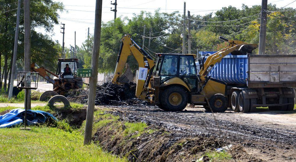 El intendente supervisó obras que realiza el municipio en Glew