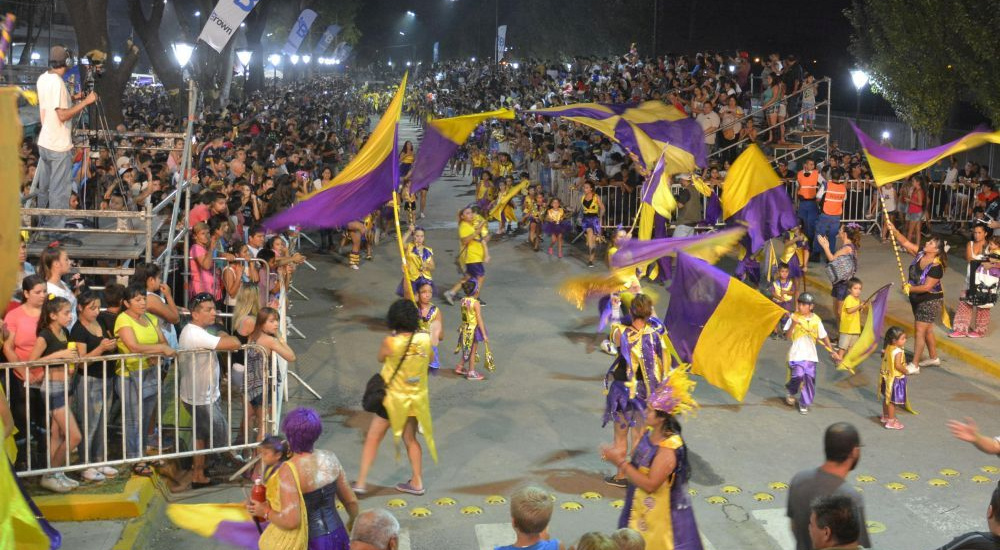Más de 35 mil personas vibraron con el carnaval en Alte. Brown