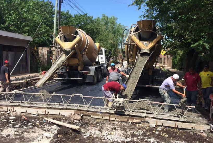 Cascallares recorrió obras de pavimentación en San José, Ministro Rivadavia y Malvinas Argentinas