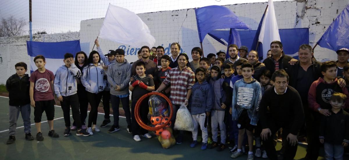 """Cascallares visitó la Unión Vecinal """"Sakura"""" puesta en valor por el municipio"""