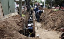 El Municipio y Aysa avanzan con obras de cloacas que benefician a 15 mil vecinos